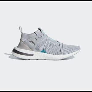 NEW Wmns Adidas Arkyn Primeknit sneaker